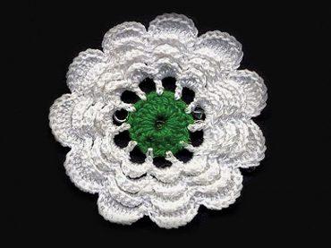 """Srebrenički cvijet: """"Priča će živjeti dok ima onih koji će je tkati"""""""