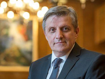 """Senad Softić, guverner Centralne banke Bosne i Hercegovine: """"U RS-u banke propadaju, u FBiH se udružuju"""""""