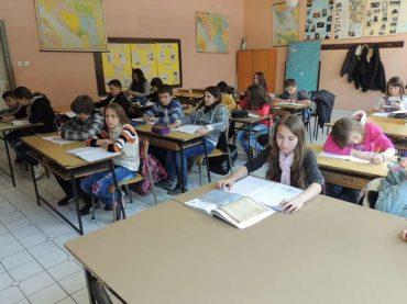 Zasukali rukave i pokrenuli akcioni plan zbog dramatičnog pada broja učenika u Krajini