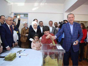 Referendum je prošao – historijski dan za Tursku i praznik demokracije