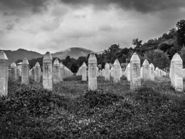 Još 25 optuženih za Srebrenicu
