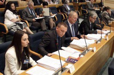 Ponašanje zastupnika Nezavisnog bloka i SBB-a prijeti potpunim neutraliziranjem Bošnjaka u RS-u