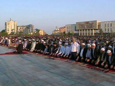 Mnogi albanski muslimani strahuju za svoju budućnost