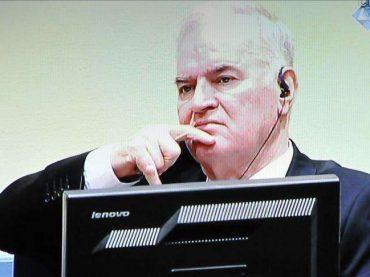 Ratko Mladić je ratni zločinac!