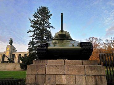 Stav u Berlinu: Tenk kao univerzalni simbol otpora