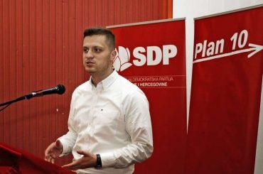 Kad SDP posreduje ili šta sve ne zna Irfan Čengić