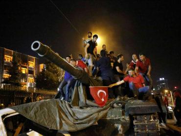 Dvije godine od pokušaja puča u Turskoj: Veličanstvena hrabrost naroda spriječila je katastrofu