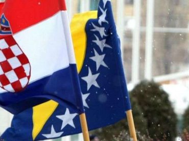 Hrvati bi istovremeno htjeli imati i prava manjine i konstitutivnog naroda
