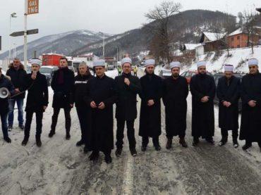 Zukorlićeve efendije blokirale magistralu u Prijepolju