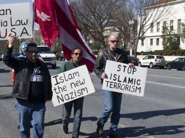 """Nikad prekinuta veza između islamofobije i rasizma: Bijeli muslimani kao """"izdajnici"""" svoje rase"""