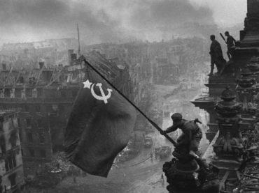 Između slike osvajanja Reichstaga i pada Berlinskog zida 110 miliona mrtvih