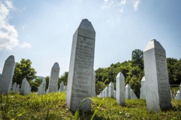Na Balkanu upravo nastaje deveta faza genocida – slavljenje