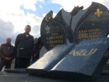 Mučenje i javno pogubljenje Karmen Kamenčić