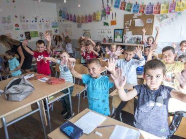 Početak školske godine u Novoj Kasabi: Prostora sve manje, a učenika sve više