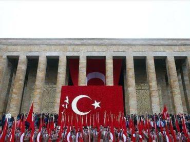 Širom Turske se obilježava 96. rođendan Republike