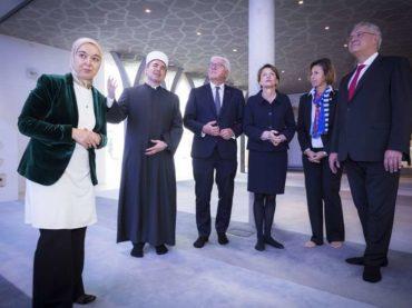 Predsjednik Njemačke u prvoj posjeti džamiji