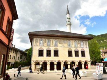 Sulejmanija – džamija u Travniku s neobičnom fasadom: Šareni se Šarena džamija
