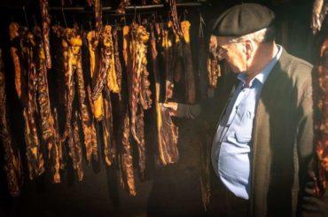 Suhog mesa ima svugdje, pečenice samo u Visokom