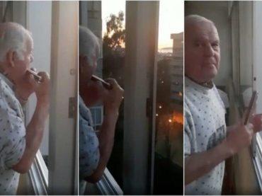 Starac obolio od Alzheimera mislio je da svi njemu aplaudiraju dok svira; sada je zaista postao zvijezda