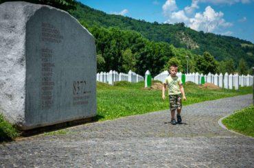 Zanavljanje života u Srebrenici: Živi se…