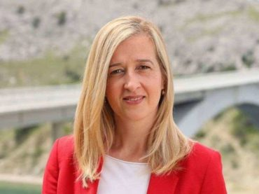 ISTAKLA KANDIDATURU: Ahmetović želi hrvatski SDP sa stavom