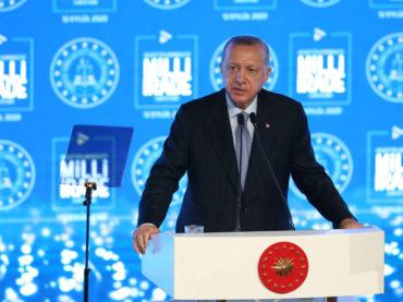 Erdogan poručio Macronu: Ne možete nam vi držati lekcije o ljudskosti