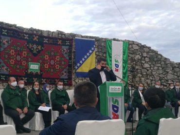 Zahiragić pozvao NiP i NB da ne cijepaju patriotsko glasačko tijelo u Velikoj Kladuši