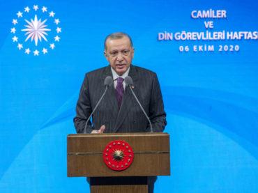 Erdogan: Macronova izjava da je islam u krizi otvorena provokacija