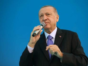 Erdogan: Svakom građaninu Izmira čiji je dom uništen u zemljotresu biće sagrađena nova kuća