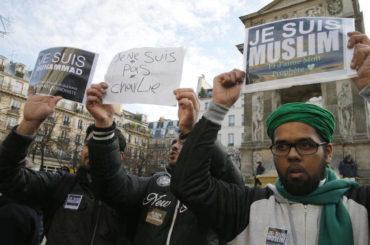 Islamski svijet jednoglasno osudio napade na islam i Poslanika Muhameda u Francuskoj