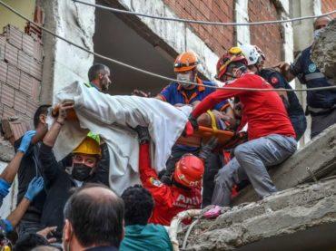 Najmanje 37 mrtvih u potresu u Turskoj i Grčkoj, u Izmiru pod ruševinama još oko 180 ljudi